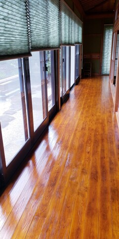 床の塗り替え